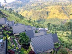 sri lanka hotel travel blogger