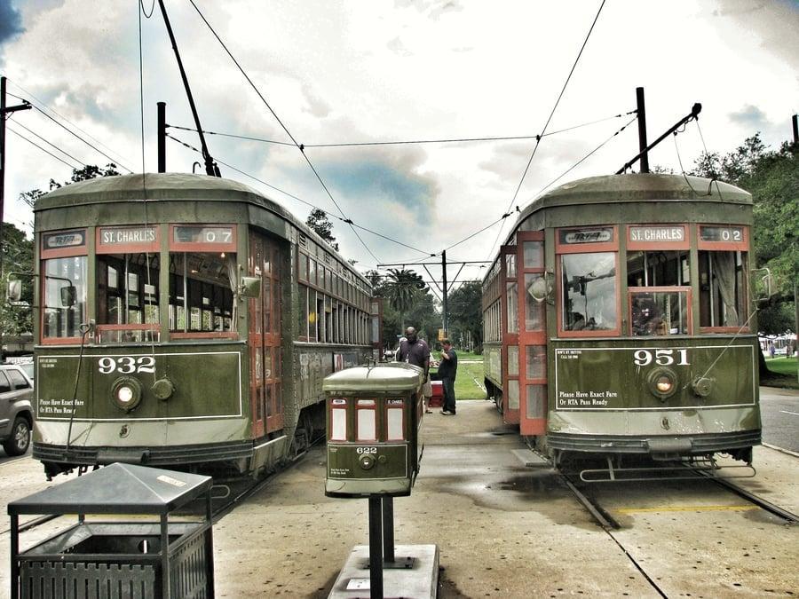 נסיעה בחשמלית עתיקה (Streetcar) בניו אורלינס. צילום - אושרה קמחי